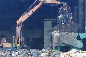 Người dân TP.HCM hưởng ứng thí điểm 'đổi rác thành gạo, thành tiền'
