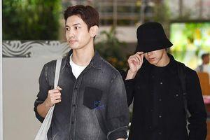 TVXQ vội về Hàn Quốc để viếng Sulli
