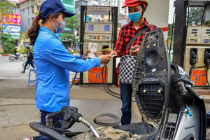 Giá xăng giảm từ 15h chiều nay