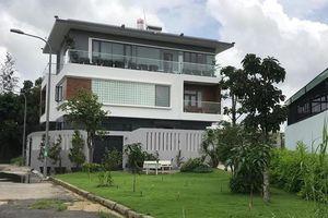 Tuyên bố 'nghỉ chơi gameshow', Ốc Thanh Vân sống trong biệt thự sang chảnh cỡ nào?