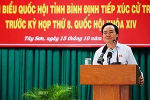 Bộ trưởng Nhạ yêu cầu không được ép buộc phụ huynh đóng tiền đầu năm học