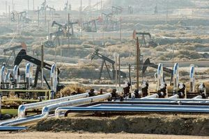 Giá xăng dầu hôm nay 16/10 bất ngờ tăng trở lại