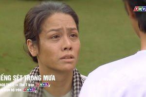 'Tiếng sét trong mưa' tập 39: Thị Bình khóc nức nở khi gặp lại con trai