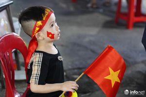 Các CĐV Việt Nam cuồng nhiệt, tưng bừng trong chiến thắng 3-1 của đội nhà