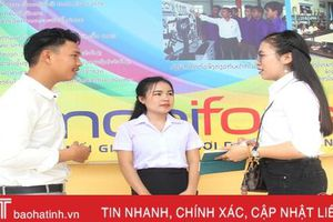 Thắm tình đoàn kết sinh viên Việt - Lào trên giảng đường ở Hà Tĩnh