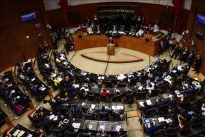 Thượng viện Mexico thông qua luật phế truất tổng thống