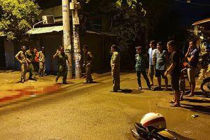 Thiếu nữ cầm đầu nhóm dùng dao chém người ở Sài Gòn
