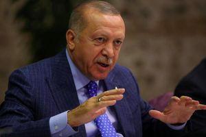 Ông Trump dọa trừng phạt, Tổng thống Thổ Nhĩ Kỳ tuyên bố không ngừng bắn ở Syria