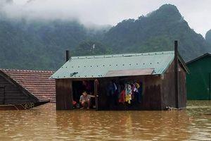 Hỗ trợ 58 nhà phao cho vùng rốn lũ Tân Hóa
