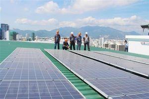 Chuyên gia, nhà đầu tư 'bỏ phiếu' cho phương án giá mua điện mặt trời nào?