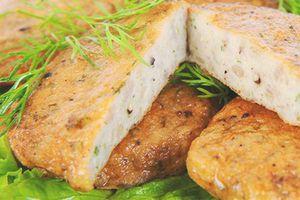 Chả cá Việt Nam là món khoái khẩu của các nước Đông Nam Á