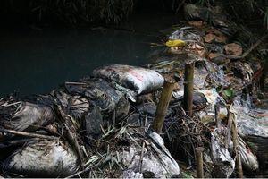 10m3 dầu thải đổ xuống sông Đà ô nhiễm nước máy Hà Nội: 'Hung thủ' khai chưa trung thực?