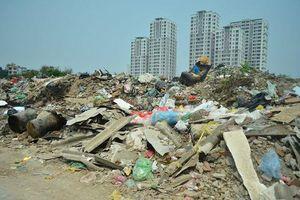 Mỗi ngày, hơn 60.000 tấn chất thải rắn đổ ra môi trường