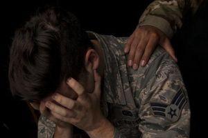 Đi tìm lời giải cho các vụ tự tử ngày càng gia tăng trong lực lượng Không quân Mỹ