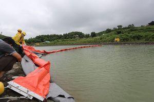 Viwasupco đã nạo vét suối Trâm, lắp 20 điểm lưới lọc dầu thải tại hồ Đầm Bài