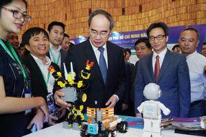 Xây dựng TP. Hồ Chí Minh thành trung tâm tài chính khu vực và quốc tế