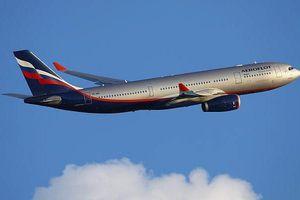 Bé 1 tuổi chết trên máy bay cất cánh từ Thái Lan