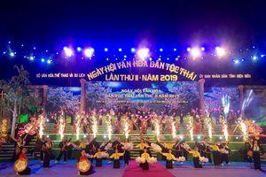 Khai mạc Ngày hội Văn hóa dân tộc Thái tại Điện Biên