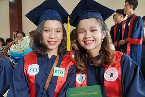 Trường ĐH Công nghệ Sài Gòn trao bằng tốt nghiệp cho 1.298 tân cử nhân, kỹ sư