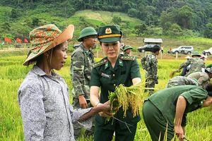 Phụ nữ Việt Nam rực rỡ sắc hương trong vườn hoa hội nhập