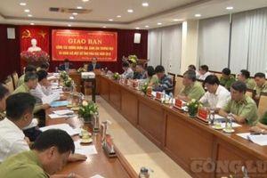 Giao ban công tác chống buôn lậu, gian lận thương mại và hàng giả 14 tỉnh, thành phía Bắc