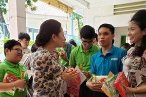 Cùng chắp cánh ước mơ với học sinh Trường Nguyễn Đình Chiểu