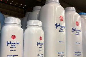 Johnson & Johnson thu hồi 33.000 sản phẩm có chất gây ung thư