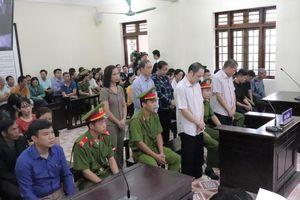 Xét xử gian lận điểm thi ở Hà Giang: Bỏ lọt tội phạm?