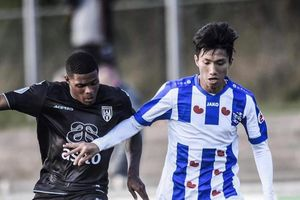 Trực tiếp AZ Alkmaar vs Heerenveen: Chờ Văn Hậu ra sân