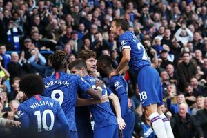 Chelsea thắng vất vả nhờ cú 'tạc đạn' của Alonso