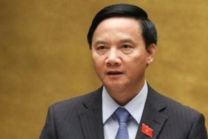 Trao quyết định của Bộ Chính trị cho ông Nguyễn Khắc Định giữ chức Bí thư Khánh Hòa