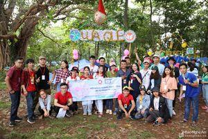 Sinh viên Nghệ Tĩnh sôi nổi thi hát ví, giặm trong Hội trại ở TP. Hồ Chí Minh