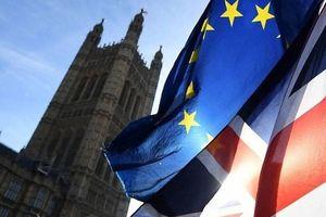 Quốc hội Anh hoãn bỏ phiếu về thỏa thuận Brexit thêm 2 ngày