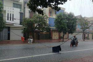 Bắc Bộ ngày nắng, mưa lớn ở Trung Bộ kéo dài hết hôm nay