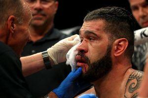Liên tục thua sấp mặt tại MMA, huyền thoại võ thuật cắn răng chuyển sang boxing nhưng ai ngờ vẫn phải nhận cái kết đắng