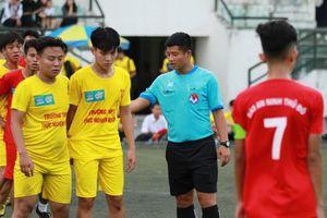 Từ cầu thủ trở thành trọng tài Giải bóng đá học sinh THPT Hà Nội - Báo An ninh Thủ đô