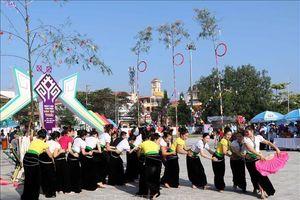 Đặc sắc nghệ thuật Then của cộng đồng dân tộc Thái trắng - Điện Biên