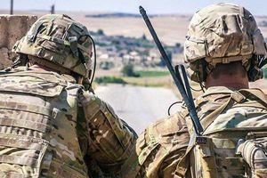Xe tải Mỹ vào biên giới Syria, bắt đầu chuyển quân ra khỏi điểm nóng xung đột với Thổ Nhĩ Kỳ