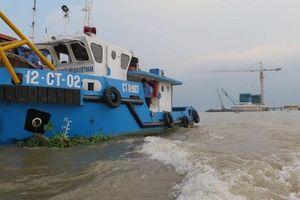 Hàng loạt tuyến đường thủy phía Nam hạn chế tàu thuyền lưu thông dài ngày