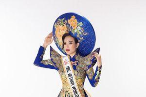 Lê Vũ Hoàng Hạt giành giải Hoa hậu Quý bà thân thiện tại Mrs Worldwide