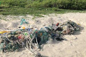 Ngành thủy sản đối diện với cảnh báo 'rác sẽ nhiều hơn cá'