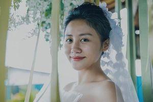 Mai Phương Thúy, Nam Cường chúc mừng Văn Mai Hương mặc váy cưới