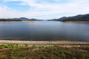 Nhiều hồ thủy lợi và thủy điện vẫn đang ở mực nước chết