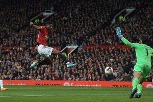 Liverpool đứt mạch toàn thắng sau khi hòa Man Utd