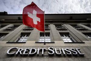Nhà giàu ở Thụy Sỹ phải trả thêm phí đắt đỏ khi gửi tiền ở ngân hàng