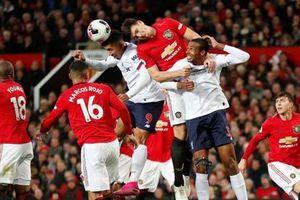 Maguire bị chê nghiệp dư sau trận MU vs Liverpool