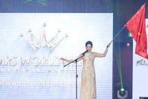 Người đẹp Việt Nam lọt Top 10 và giành 2 hai phụ tại Mrs Worldwide 2019