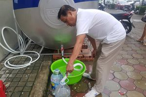 UBND Hà Nội: Nước sạch sông Đà đã an toàn, đảm bảo sinh hoạt
