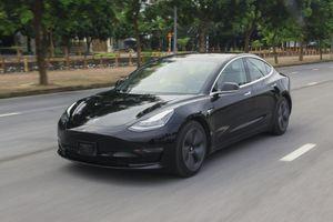 Xe điện Tesla Model 3 đầu tiên ở Việt Nam