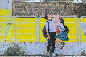 Bộ ảnh chuyện tình 'gà bông' đẹp trong veo của cặp đôi Đồng Nai